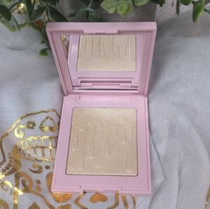 Kylie Cosmetics Ice Me Out Highlighter